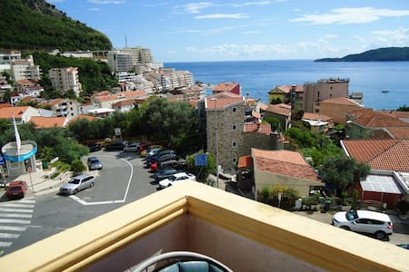 Studio Apartment with terrace and sea view - IVANA - Budva - Lakás