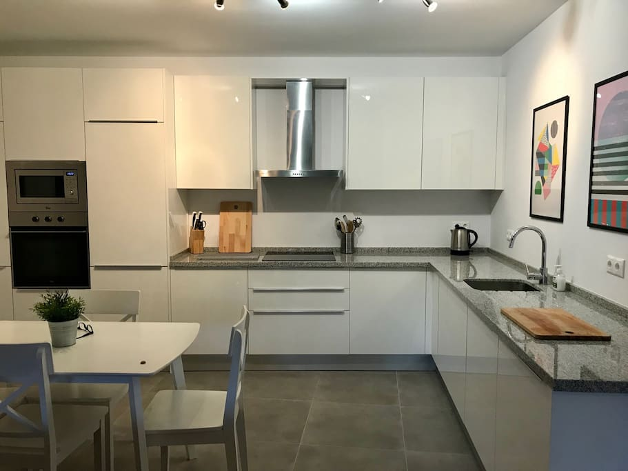 Open plan kitchen and diner, very recently installed inc dishwasher