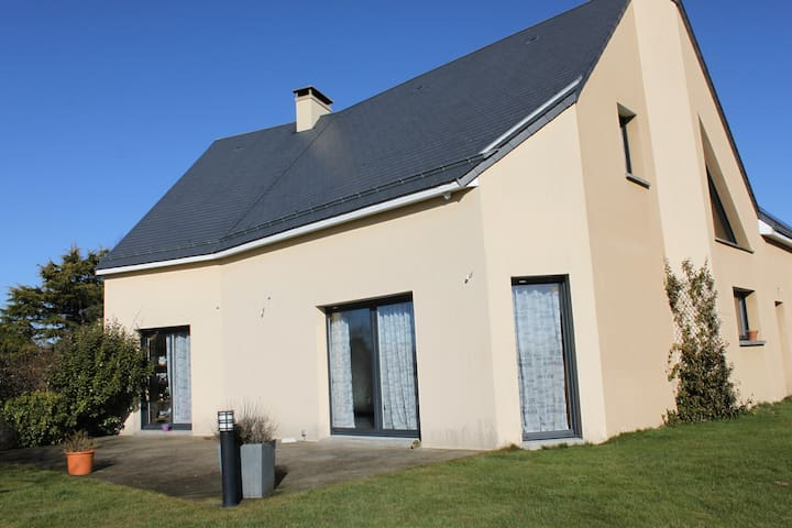 Chambre d'hôtes dans jolie maison indépendante - Saint-Sauveur-la-Pommeraye - Гостевой дом