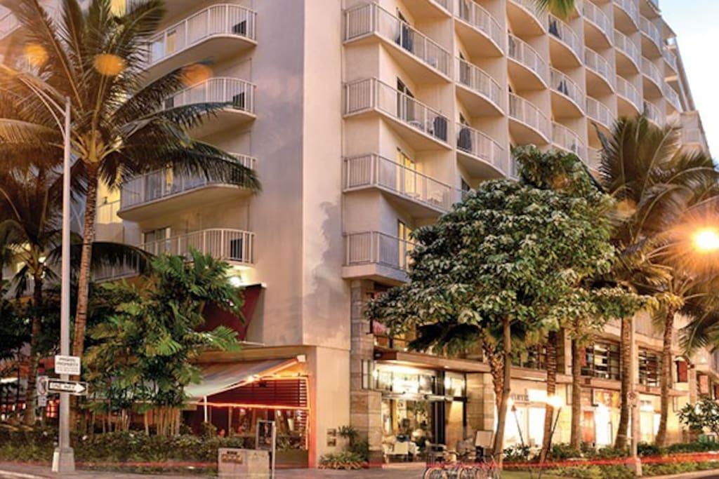 Waikiki Paradise At Wyndham Beach Walk Resorts For Rent In Honolulu Hawaii United States