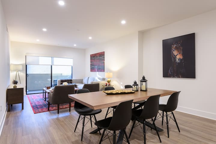 LUXURY, MODERN 3BR+3BA CLOSE TO CENTURY CITY MALL