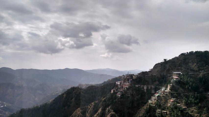 Shimla Forest View Villa - Shimla - Rumah