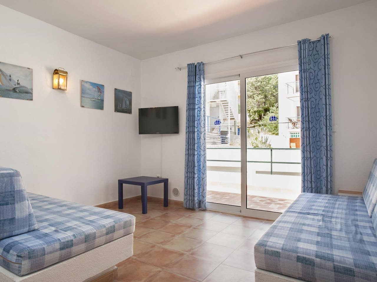 Apartment Studio located 50m from the beach of Canyelles Petites, Roses