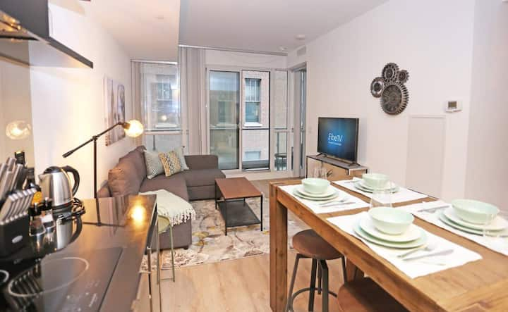 Gorgeous & Homey Financial District Condo
