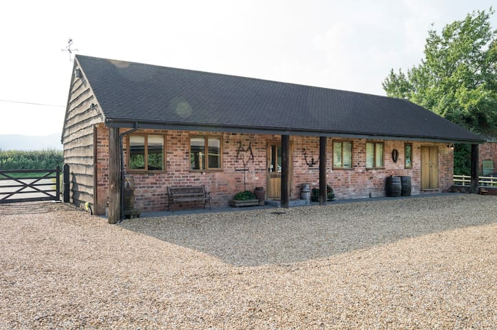 The Dairy Guest Lodge 2 - Welland - Penzion (B&B)