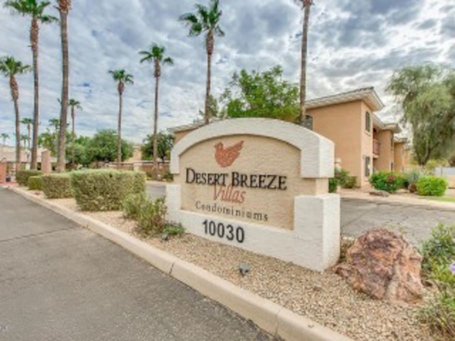 Gated Community loaded with built-in amenities, close access to main routes, shopping, golf, sports, and more