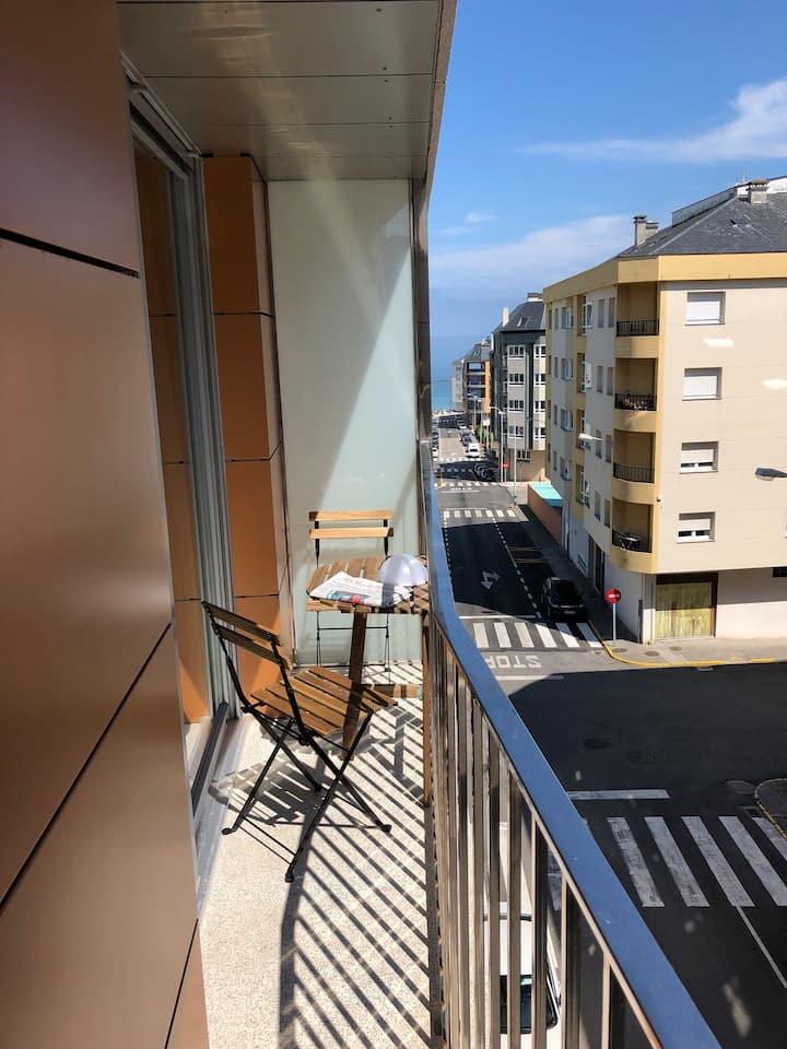 Apartamento con garaje a 5 min. de la playa urbana
