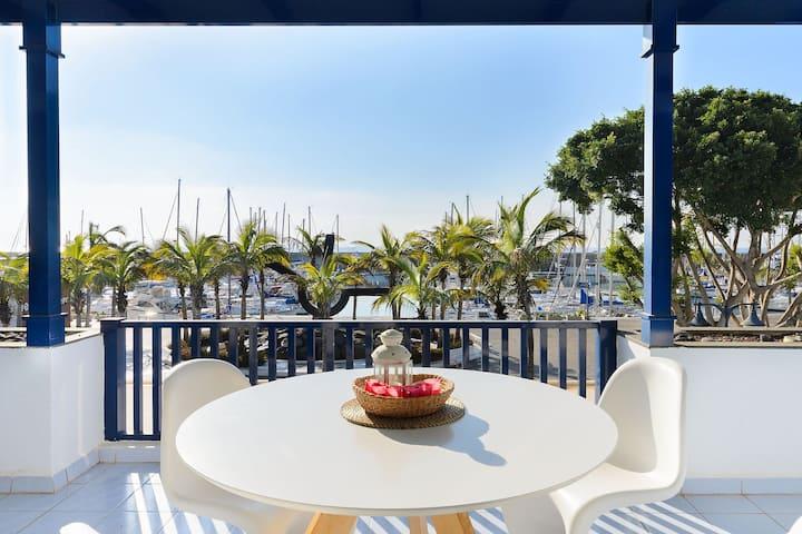 Beautiful Decor & Spacious Terrace with Ocean View - Apartment VistAgua