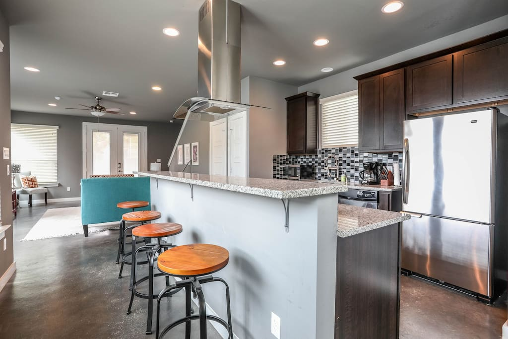 Your group will love our open floorplan - living, dining, kitchen and half bathroom on ground floor.