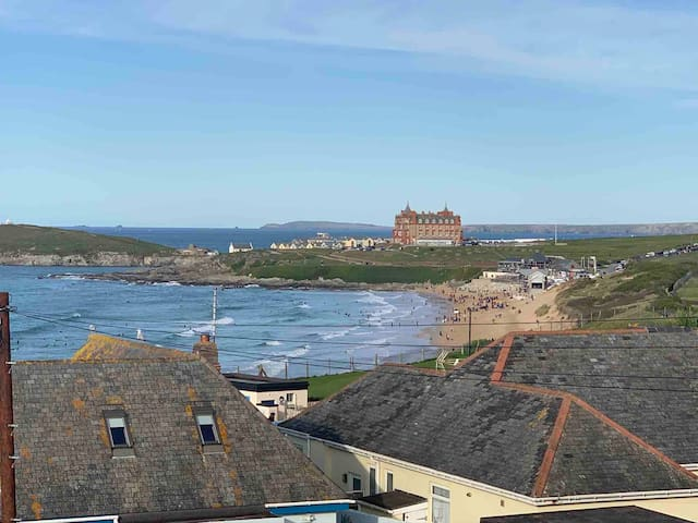 Superb apartment with views over Fistral Beach