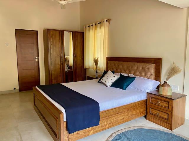 Bedroom 2: Cottage-inspired luxury furnishing