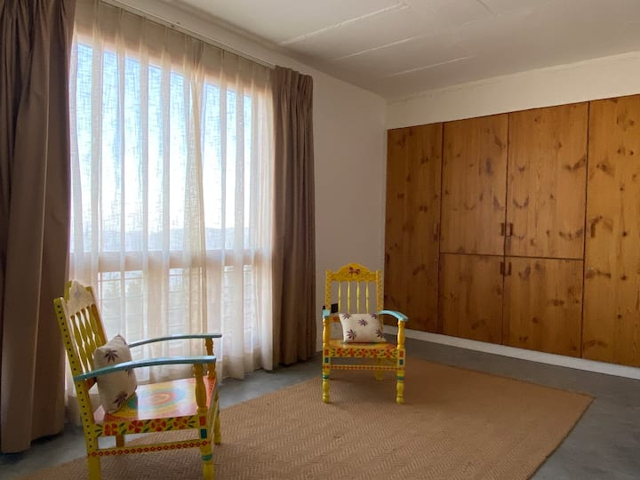 Beautiful First floor suite in Stunning villa
