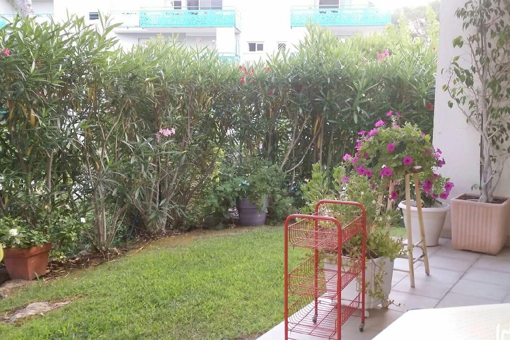 Chambre individuelle ds appartement rez-de-jardin - Bed ...