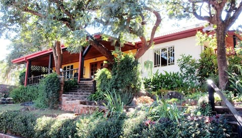 The Art House, Mutare, a creative home with a view