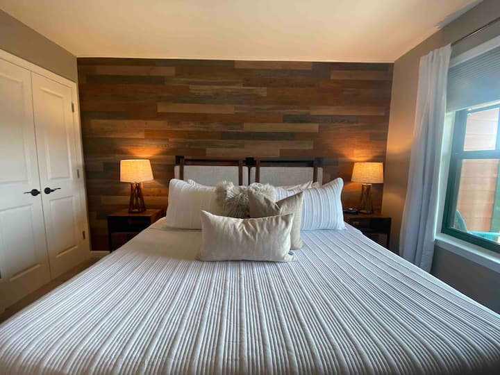 NEW Rustic Chic at Mountain Creek! Ski-in/Ski-out!