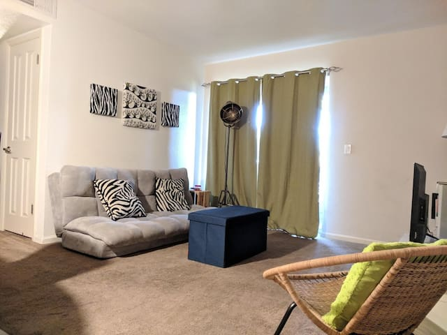 Southern Breeze 1-bedroom apartment