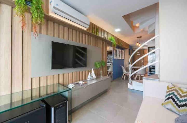 Loft Térreo Duplex Luxo Frente Piscinas, 2 suítes.