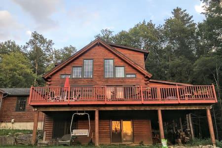 Country Log Home - 워터베리(Waterbury) - 단독주택