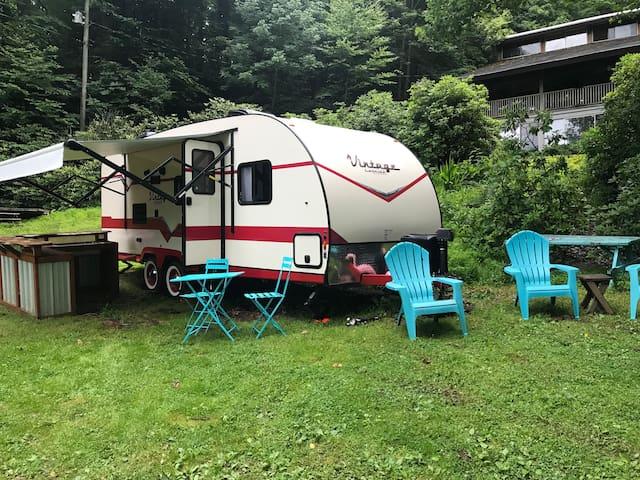 Groovy Vintage (but new!) Cruiser Camper