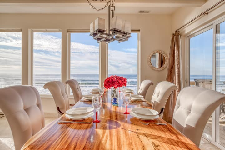 Luxurious Ocean Front Hm w/ High End Finishes and First Rate Amenities