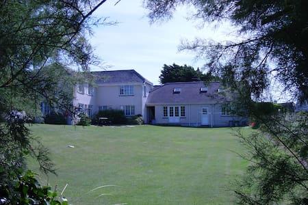 Tamarisk, Garden Cottage Flats - Saint Merryn - Wohnung
