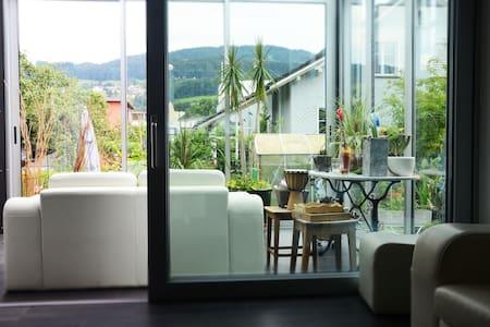 Grosszügige Unterkunft zum Wohlfühlen - Rheineck - Apartamento