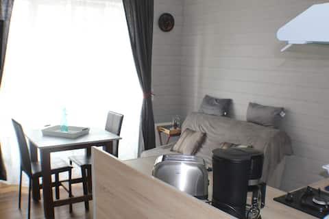 studio en centre ville à 7km du Mont St Michel