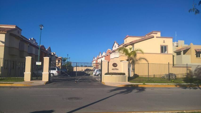 Casa nueva en Cancún - Benito Juárez  - House