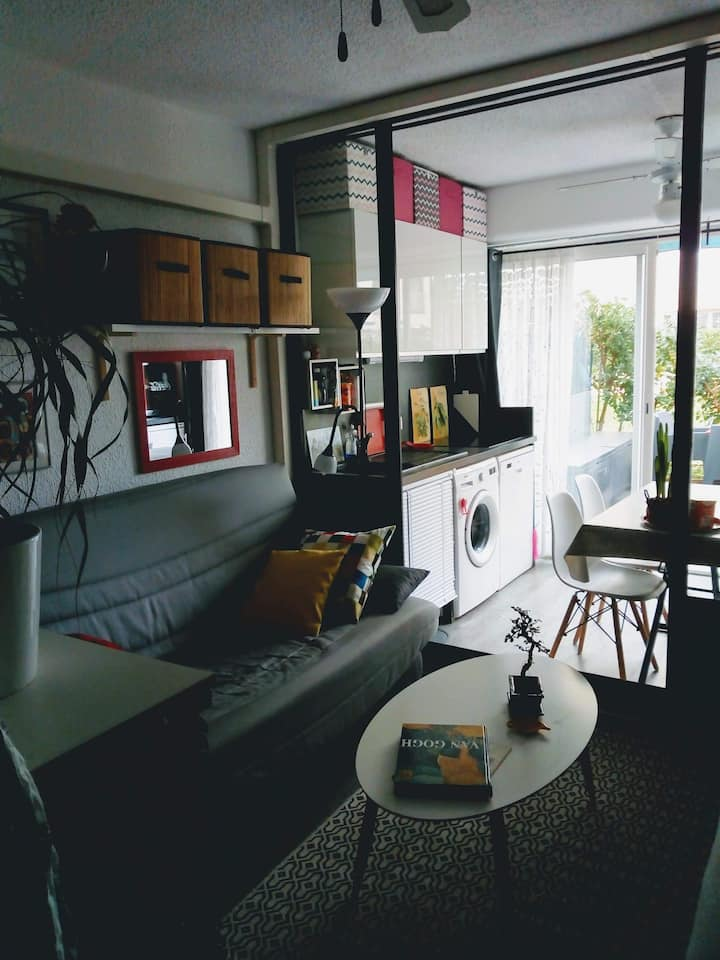 Studio 4 pers moderne en rez de jardin +  terasse