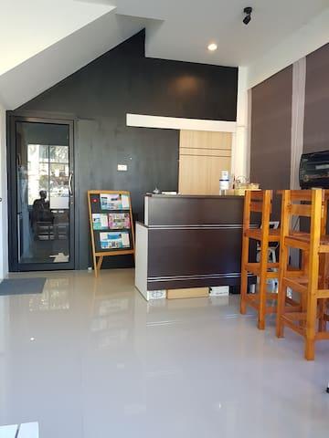 Take a break double room 5 mins to Naiyang beach