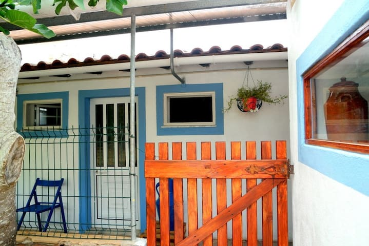 Country Side Blue House / 10m from Beaches by Car - Faro District - House