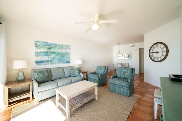 Fantastic Rates!BOOK NOW*2nd floor*3BR/2BA REMODELED* The Palms unit 202