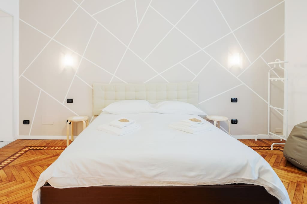The Bedroom: the comfortable double bed with soft bed-linen and towels