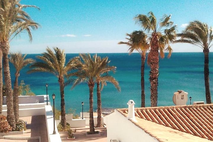 Pueblo Español. Sun, Sea and much much more....