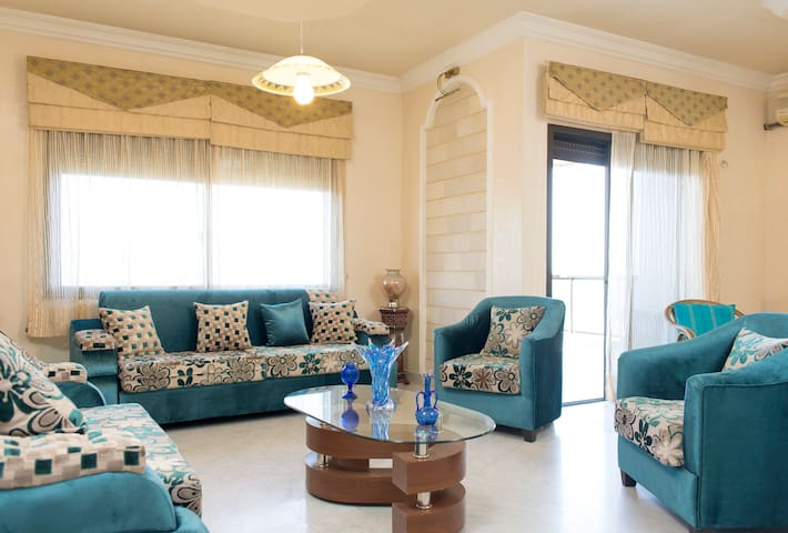 Deluxe Appartment with Amazing view - Ghadir - Lejlighed
