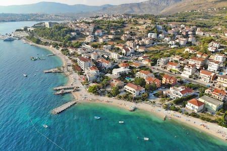 Luxury apartment near the sea, Podstrana