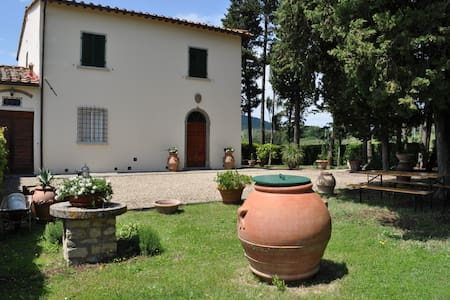 Cosy Villa between the rolling hills of Florence - Pontassieve - Villa