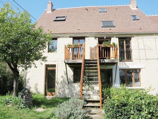 Ferme des Acacias - Apartment farmhouse with garden