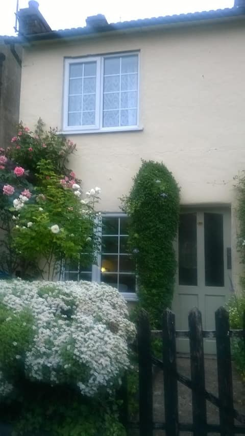 Charming Cottage aninhado na aldeia de Edlesborough