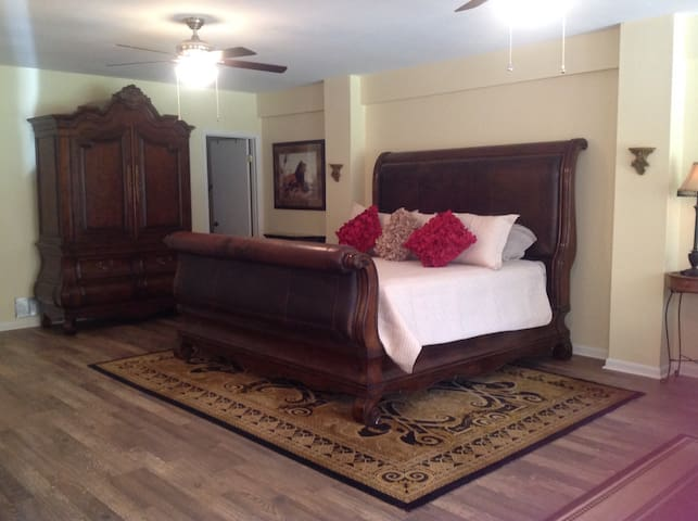Spacious king size bed that you won't want to leave