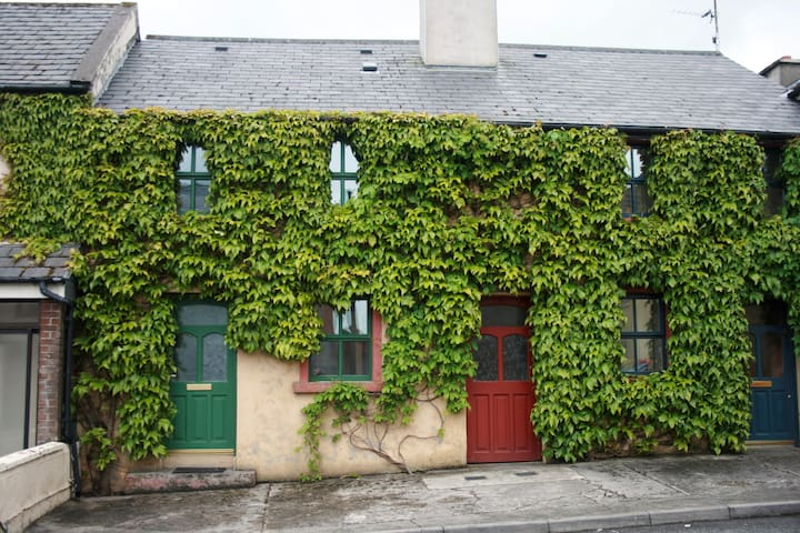 Ivy House, Tober Hill, Westport
