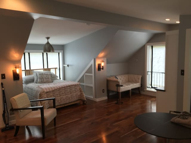 Lux Highlands Guest House - Louisville - Apartment