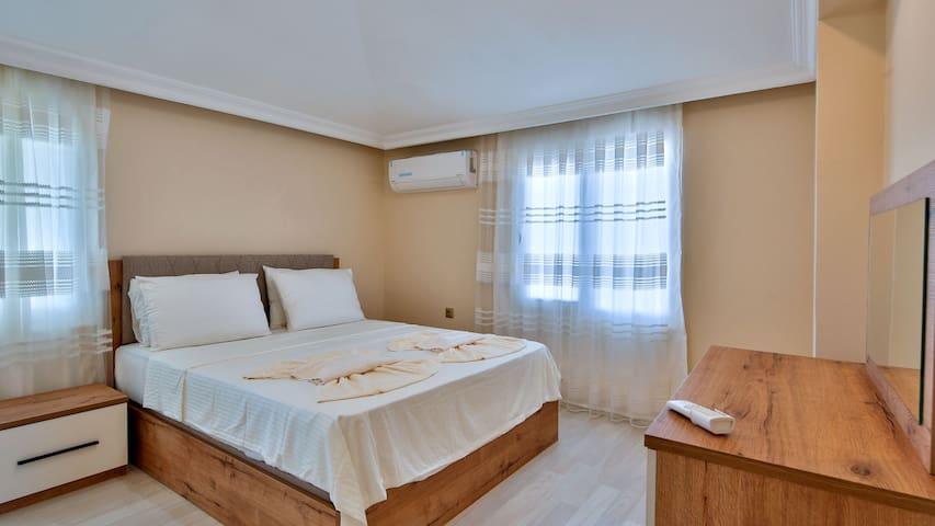 Bedroom - Yatak Odası