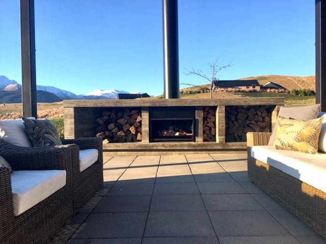 Outdoor seating and open fire