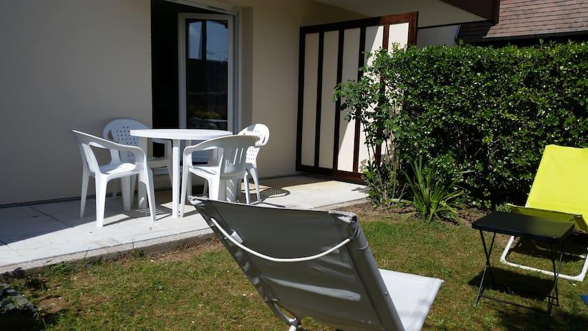 T2 accès direct à la Mer (rez de jardin) - Cabourg - Apartamento