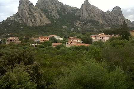 CASA ANTONELLA - San Pantaleo - Hus
