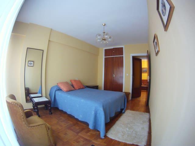 Piso céntrico en Castro con 3 habitaciones - Castro Urdiales - Hus