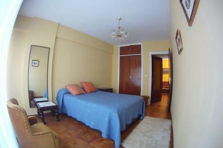 Piso céntrico en Castro con 3 habitaciones - Castro Urdiales