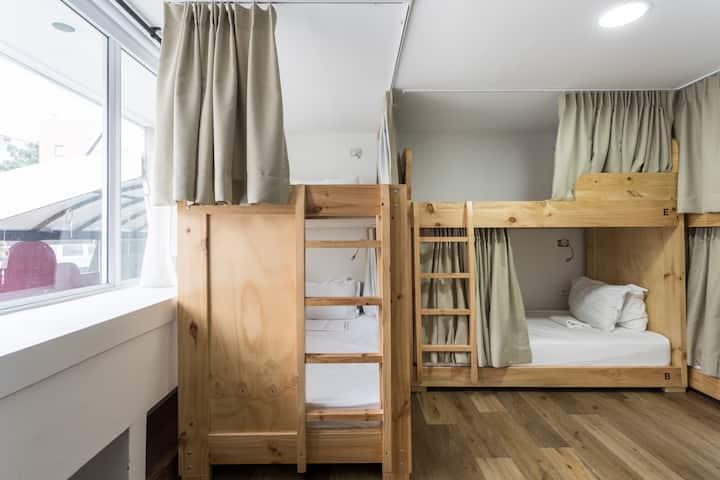 FlorenciaPlazaHotel & Hostal Dormitorio Compartido