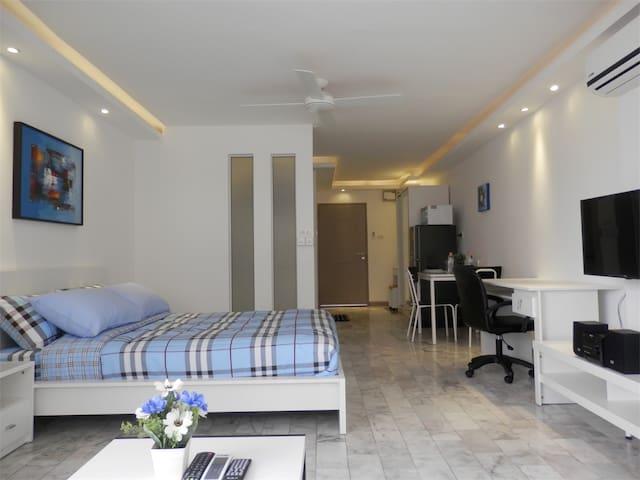 HS803 Modern Studio At Nimmanhemin - Su Thep - Apartamento